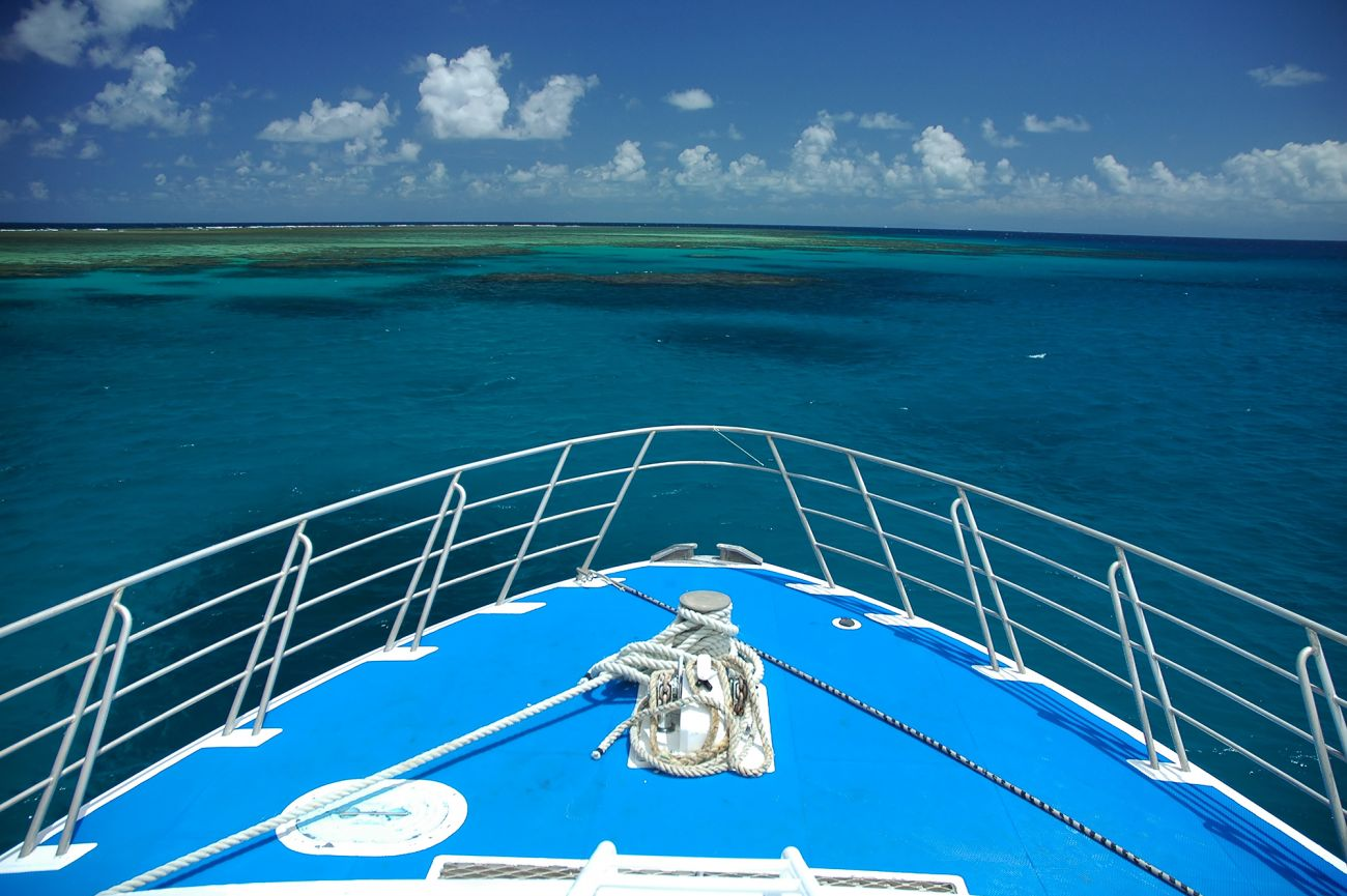 Image of bow, blue ship, Great Barrier Reef, Cairns. Image credit Rorem